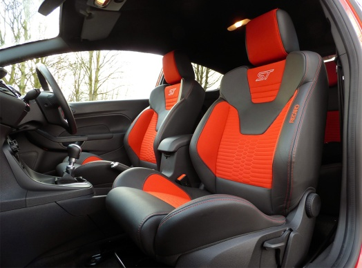 Fiesta ST front seats, orange