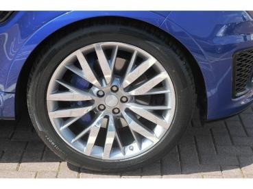 "22"" Wheel + Spats*"
