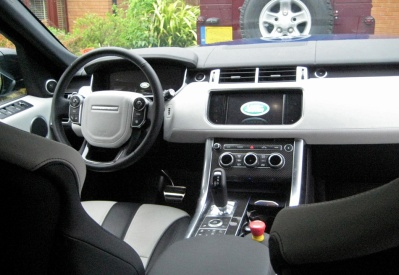 Dash with optional Carbon fibre trim