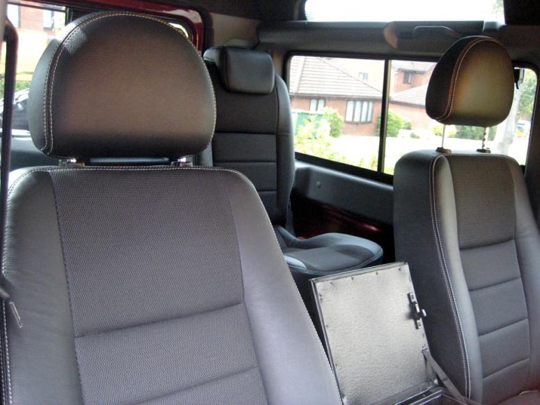 LR Defender seats
