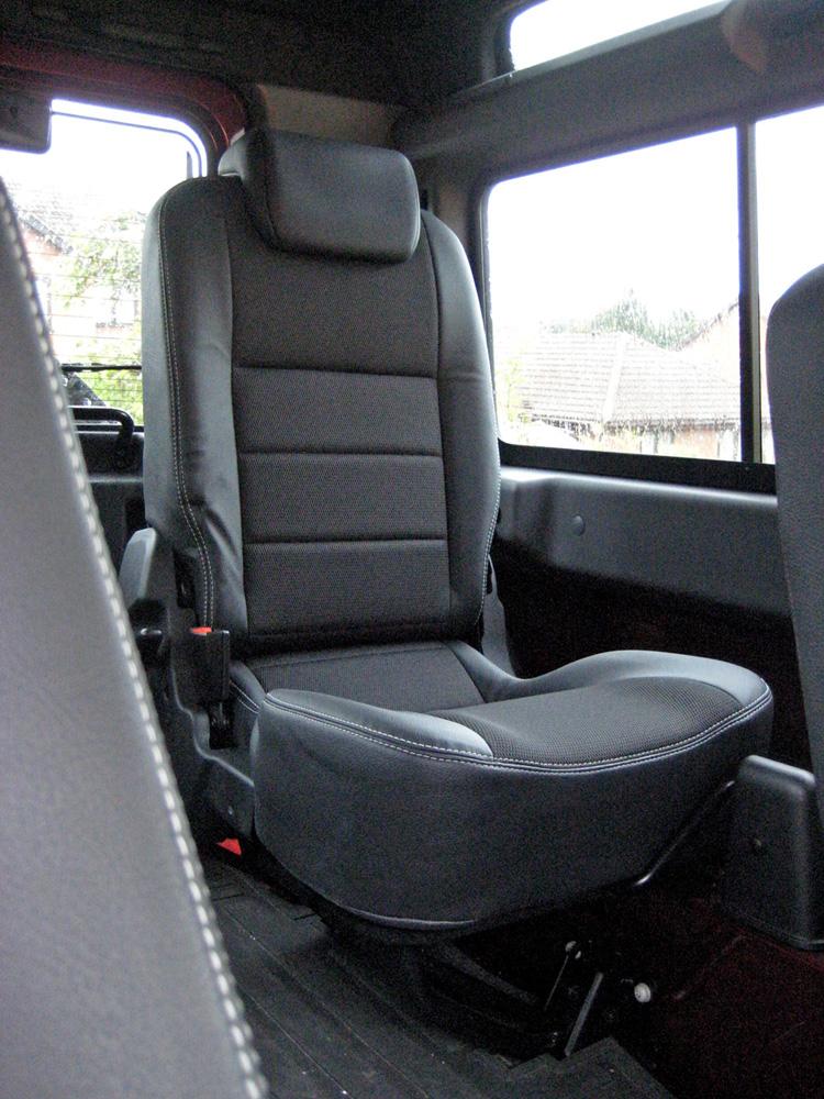 LR Defender rear seat