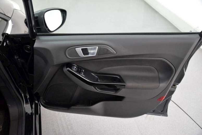 Fiesta Zetec 1.5 Door Card
