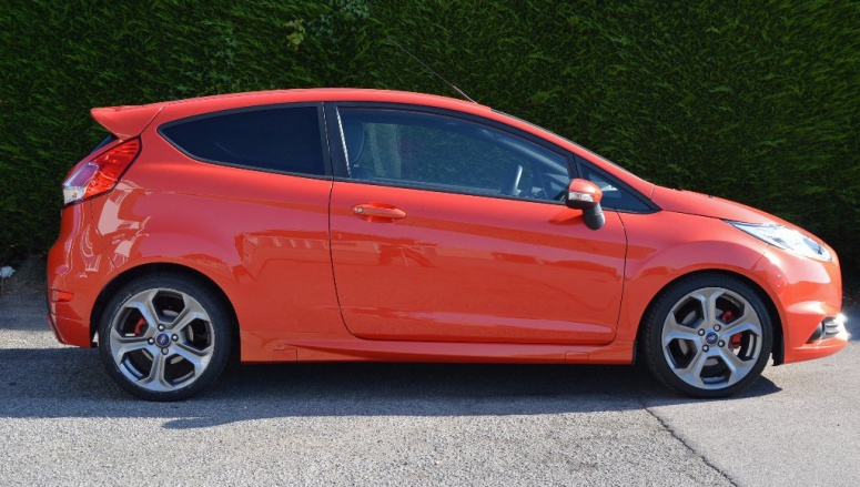 Fiesta ST side