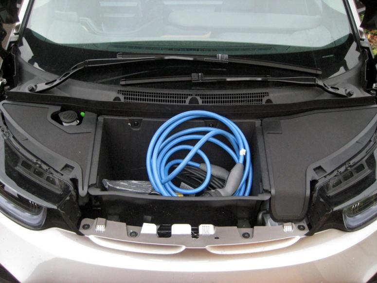 BMW i3 front storage