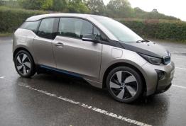 BMW i3 front 3q