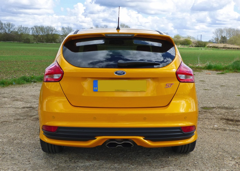 Focus ST facelift, Style pack, rear, Tangerine Scream