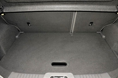 Ford Fiesta boot false floor closeup