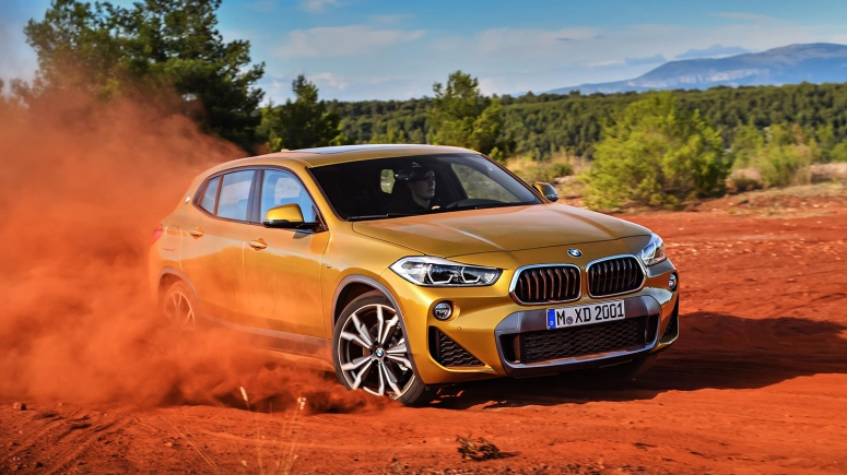 P90278974_highRes_the-brand-new-bmw-x2022