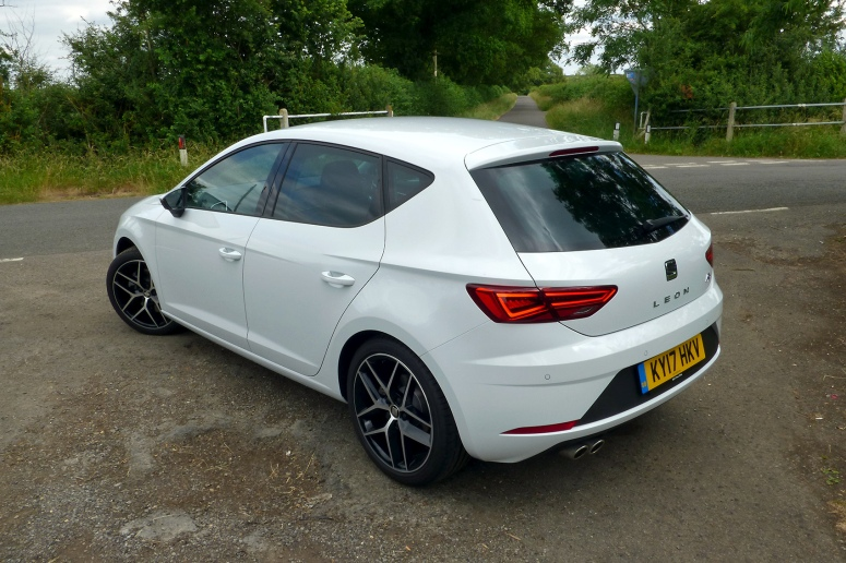 SEAT Leon FR Technology TDI rear