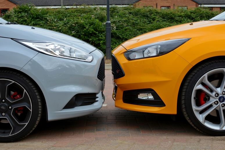 Ford Fiesta ST200, Focus ST head to head